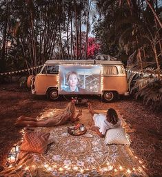 [[MORE]] 🌏 Northern Territory Van Life! 📷: - Date night on the road. Bus Life, Camper Life, Camper Van, Vw Camping, Glamping, Camping Ideas, Camping Date, Camping Places, Outdoor Camping