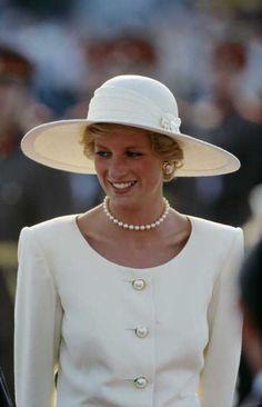 Diana in Hungary, May 1990