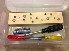 Which screw driver or nut driver vocational task box
