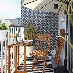 180° - Sonnenschirm perfekt für kleine Balkone. #Sonnenschirm #Balkon