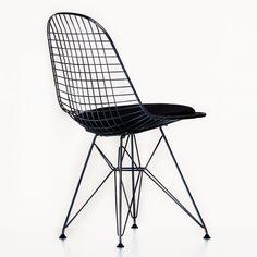Vitra - Eames Wire Chair DKR-5 Stuhl - basic dark schwarz/Stoff Hopsak 66 schwarz/inkl. Sitzkissen und Filzgleitern/für Innen- und Außenbereich geeignet