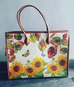 Diy Recycle, Recycling, Woven Bags, Painted Bags, Decoupage Ideas, Diy Accessories, Tote Bag, Projects, Painted Canvas Bags