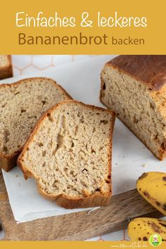 Einfaches & leckeres Bananenbrot backen - A moment on the lips forever on the hips Banana Bread Without Sugar, Desserts Sains, Healthy Banana Bread, Health Desserts, Chocolates, Baby Food Recipes, Snacks Recipes, Healthy Snacks, Cheesecake