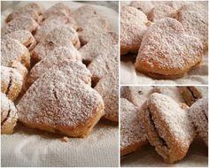 Shortbread biscuits with soft fruit jam / Biscotti di pastafrolla con confettura ai frutti di bosco.