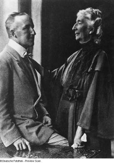 Doppelporträt Siegfried und Cosima Wagner - wife and son of Richard Wagner http://fotothek.slub-dresden.de/fotos/df/hauptkatalog/0089000/df_hauptkatalog_0089986.jpg