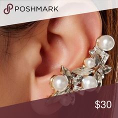 🌺🆕Pearl Cluster Earcuff This gorgeous ear cuff is lead and nickel free. 18k gold plated materials and glass crystals.  Stunning.  Each cuff is individually packaged and perfect for gift giving. This is a must have.  Bundle with other items from my closet to maximize shipping.   🐶🚭 T&J Designs Jewelry Earrings