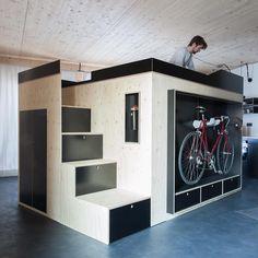 Furniture Cube Kammerspiel