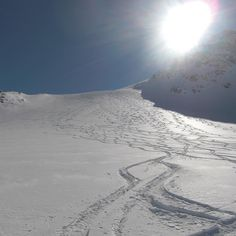 Traumwetter...!! Hütte zu Hütte auf Tour... #bergsports #sonnenaufgang #beautiful #natursports #nature #kopffrei #schnee #goodlife #gesund #durchatmen #alpen #berge #silvretta #tourenski #alps #mountaineering #mountains #hiking #skibergsteigen