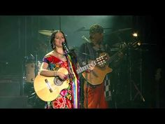 Lila Downs - Paloma Negra (En Vivo) - YouTube