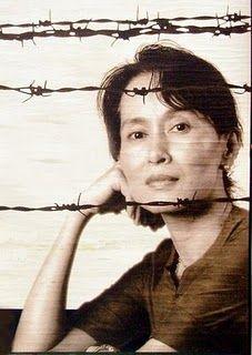 Namastè: Aung San Suu Kyi