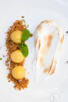 deconstructed lemon meringue pie