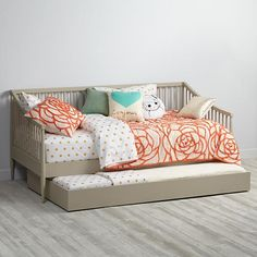 Jenny Lind Daybed White Jenny Lind Land Of Nod And