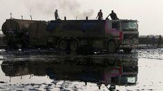 El Ejército sirio registró un gran convoy de camiones cisterna que se trasladaban hacia la frontera con Turquía.