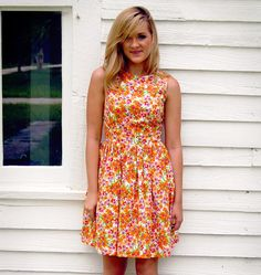 Cute summer dress (and it has pockets!!!) - Amy Cotton Floral Dress with Pockets by patriciavalery on Etsy