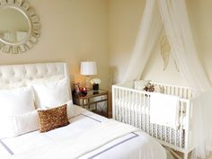 crib in master bedroom - makes the first few months a little bit easier.