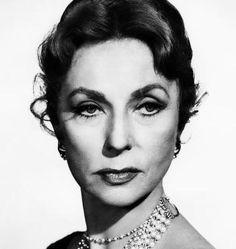 Agnes Moorehead (1959)