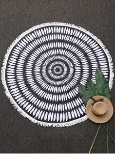 Printed Round Fringed Beach Throw - BLACK ONE SIZE