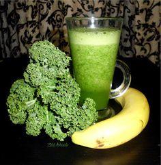 zöld turmix, green smoothie Sport Treiben, Nutribullet, Healthy Drinks, Glass Of Milk, Smoothies, Juice, Good Food, Paleo, Remedies