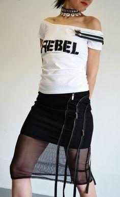 """""""ФАНКАХОЛИК"""" - прва модна колекција на дизајнерката на накит Еми Норис Rebel Fashion, Leather Skirt, Fashion Jewelry, Skirts, Leather Skirts, Trendy Fashion Jewelry, Skirt, Costume Jewelry"""
