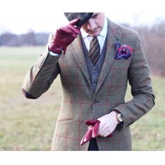 trust yourself — leloirenpapillon: TWEED & WEEK END STYLE !...  If you need custom clothing made feel free to check out our shop!  www.etsy.com/shop/ElectricTurtles