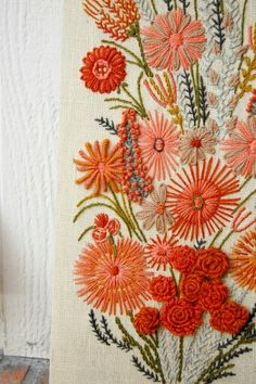 Amazing beautiful embroidery with various stitch techniques. motleycraft-o-rama: From Richellephant Amazing beautiful embroidery with various stitch techniques. motleycraft-o-rama: From Richellephant Embroidery Designs, Crewel Embroidery Kits, Vintage Embroidery, Embroidery Applique, Cross Stitch Embroidery, Machine Embroidery, Embroidery Books, Embroidery Alphabet, Flower Embroidery