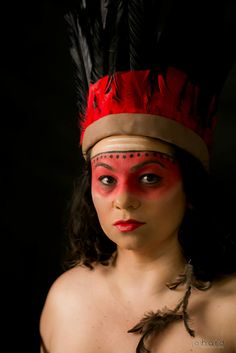 Os donos da nossa terra! Cultura indígena a verdadeira cultura brasileira desde que o Brasil ainda era Pindorama!  #hardphotographia #mulheresdepindorama #portrait #portraitfestival #makeup #indian #native #brazilianindian #culture #brazilianculture #authorial #photography #studio #photo #guarani #ticuna #caingangue #macuxi #terena #guajajara #ianomami #xavante #pataxo #potiguara #tribe