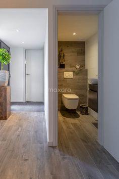 Bathtub, House Design, Flooring, Toilets, Bathroom, Interior, My House, Home, Toilet Design
