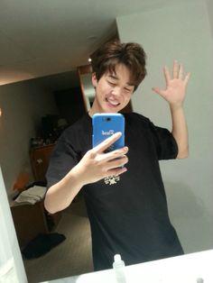 Jimin | mirror shot goals... I can't even take a selfie properly lmao