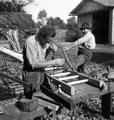 Atelier Robert Doisneau |Galeries virtuelles desphotographies de Doisneau - Artisans
