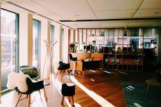 #office #london Zen Desk, Offices, Vsco, Conference Room, London, Table, Furniture, Home Decor, Decoration Home