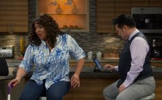 """S2 Ep16 """"Young & How Sofia Got Her Groove Back"""" - Our abs are as sore as Elliot and Yolanda's bodies were after spin! #YoungandHungry"""