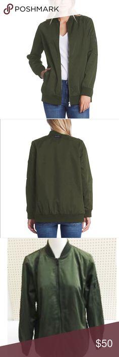 Bernardo boyfriend bomber jacket New with tag. Fully lined with 2 side pockets. No trades. Bernardo Jackets & Coats
