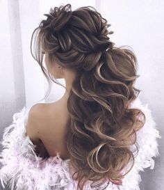 Low Chignon can be a sleek bridal hair messy bun which looks surprisingly beautiful on bridesmaid too. Fishtail Braid Hairstyles, Messy Hairstyles, Pretty Hairstyles, Wedding Hairstyles, Hairstyle Ideas, Teenage Hairstyles, Romantic Hairstyles, Princess Hairstyles, Bridal Hairstyle