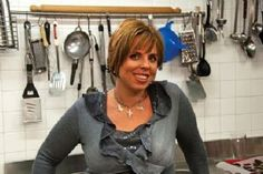 EXPATS IN FLORENCE :: Melanie Secciani Teaching others how to enjoy food and flavors