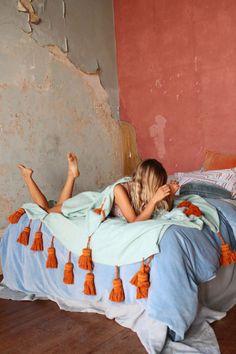 tassel bed