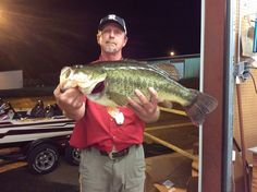 John Blankenbaker of Leesville, LA caught this 10.24 lb fish on January 31, 2017 and weighed it in at Toledo Town and Tackle Congratulations on your catch. This is fish number 032 for the May 2016 to May 2017 year