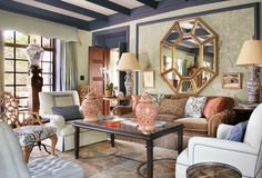 Major Impact : Layer for a Chinoiserie-Chic Look