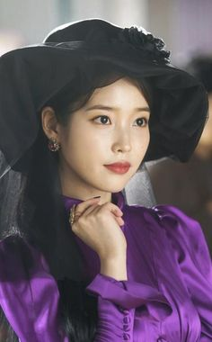 [Drama Hotel Del Luna, 호텔 델루나 - Page 6 - k-dramas & movies - Soompi Forums Iu Hair, Kpop Hair, Luna Fashion, Kpop Fashion, Korean Actresses, Korean Actors, K Drama, Lee Hyun Woo, Pretty Asian