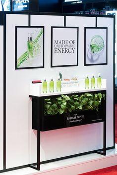 design-retail-podium-Lancôme-Juicy Shaker-Energie de vie-éphémère-cosmétique-make up-soin_By Leonard El Zein_06
