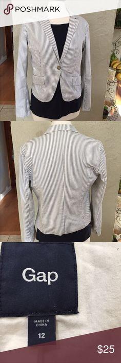 Gap Striped blazer jacket size 12 Grey/black stripe - great staple piece. Over a black dress. Or tshirt and jeans GAP Jackets & Coats Blazers