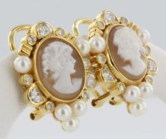 Vintage Estate Diamond Cameo Pearl 14k Gold Stud Earrings Fine Heirloom Jewelry