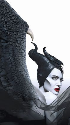 Angelina Jolie in Maleficent: Mistress of Evil Watch Maleficent, Disney Maleficent, Disney Villains, Disney Movies, Disney Live, Angelina Jolie Maleficent, Arte Horror, New Poster, Disney Wallpaper