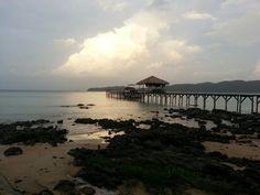 Sunset in Saracen Bay - Koh Rong Samloem - Photo by Le Ba Nguyet Minh