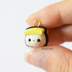 Sushi (disambiguation) Sushi is a Japanese food made out of vinegared rice. Polymer Clay Kawaii, Fimo Clay, Polymer Clay Projects, Polymer Clay Creations, Clay Crafts, Resin Charms, Polymer Clay Charms, Polymer Clay Jewelry, Polymer Clay Magnet
