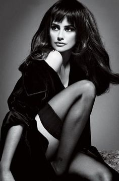 Penelope Cruz style.