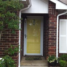 Inspiring Yellow Front Door Brick House Ideas - Ideas house design ...