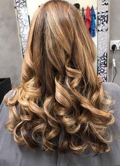 Baylage mermaid hair very long hair.