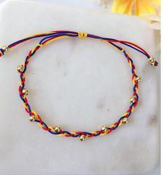 Ref 02 Golden Beads Colombian Bracelet Colombian Bracelet Diy Bracelets With String, Cute Bracelets, Handmade Bracelets, Handmade Jewelry, Metal Jewelry Making, Glass Jewelry, Jewellery, Bracelet Crafts, Beaded Jewelry Patterns