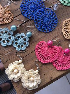 Crochet Earring Jewelry Large Crochet E - maallure Crochet Pattern Free, Crochet Jewelry Patterns, Crochet Earrings Pattern, Crochet Diagram, Crochet Accessories, Crochet Motif, Crochet Flowers, Knitting Patterns, Doilies Crochet