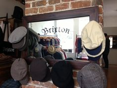 Cute mirror with hat hangers all around! Hat Hanger, Hangers, Panama Hat, Mirror, Hats, Clothes Hanger, Hat, Clothes Hangers, Mirrors